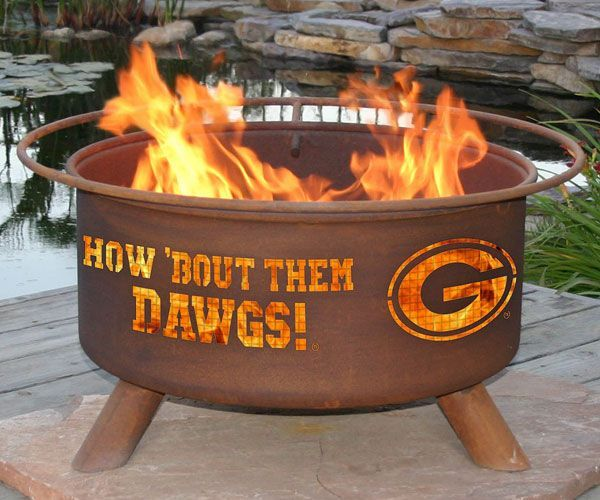 Georgia Bulldogs Fire Pit By Patina Products Wood Burning Fire Pit Fire Pit Outdoor Fire Pit