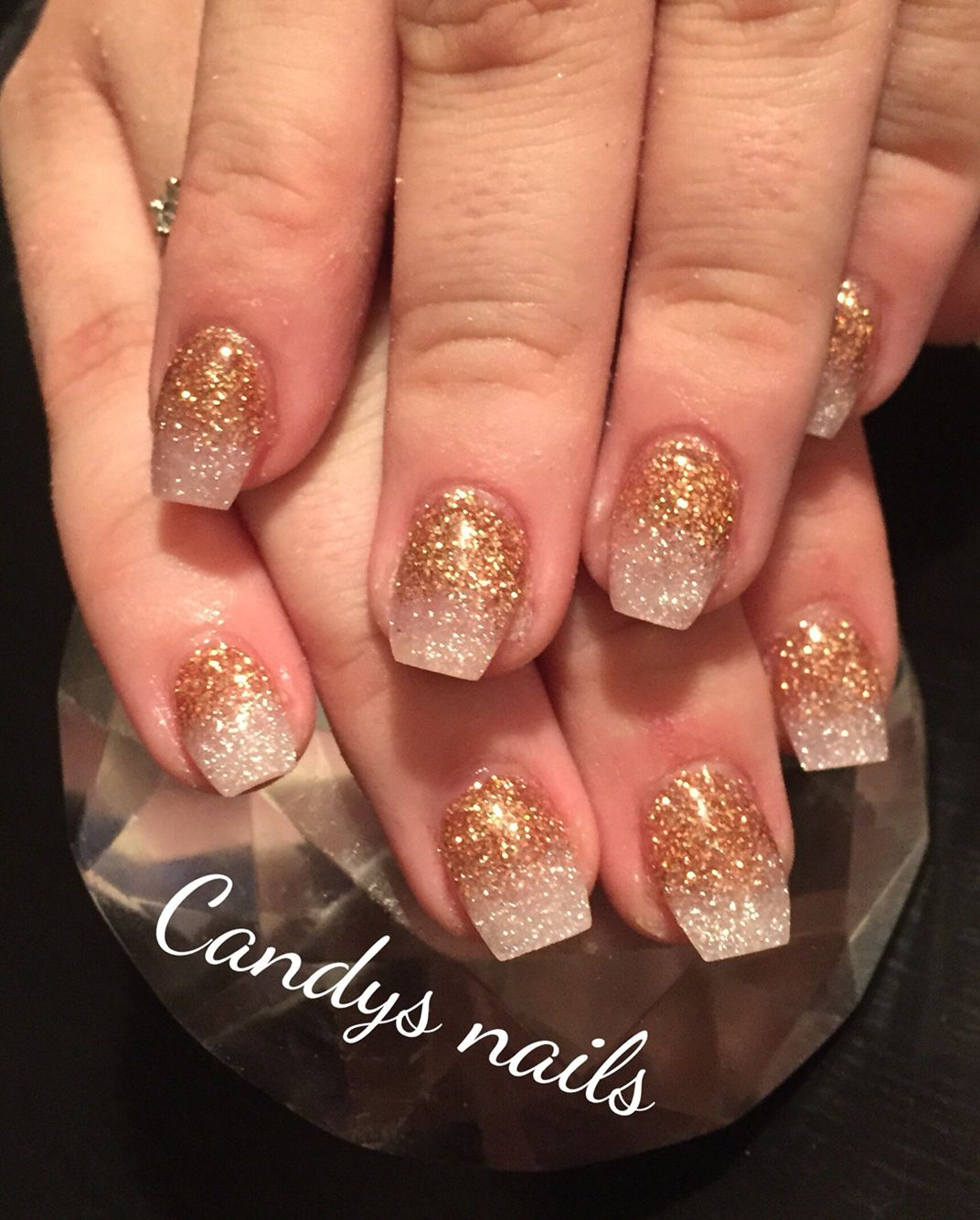 Champagne gold glitter fade out acrylic nails! | Candys Nails ...