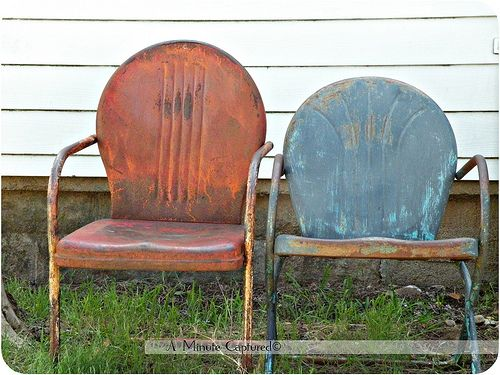 I Just Love These Old Chairs! I Remember My Mom And Dad Had Some Of Them,  And They Were The Most Comfy Chairs! I Wish I Had Some For My Own Back ...