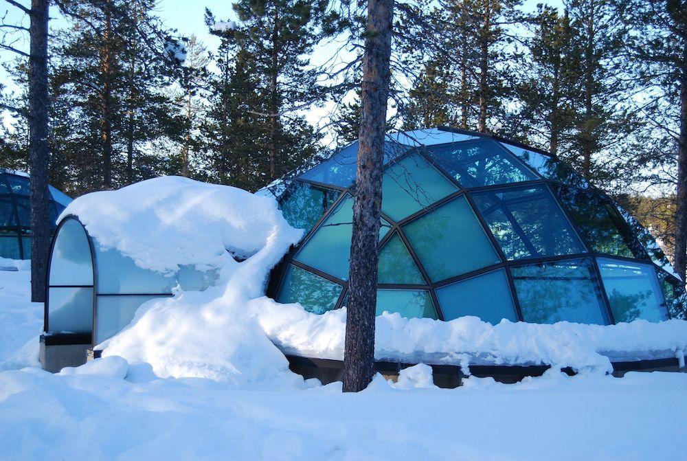 Kakslauttanen Arctic Resort | ... The Northern Lights From Glass Igloos At  Hotel Kakslauttanen