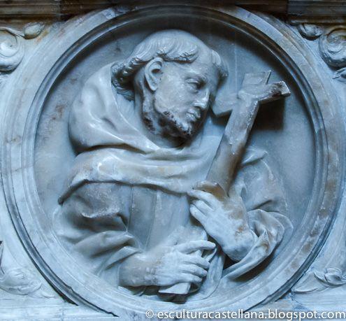 Sepulcro de Gonzalo Díez de Lerma en la catedral de Burgos. Medallón de San Francisco de Asís.