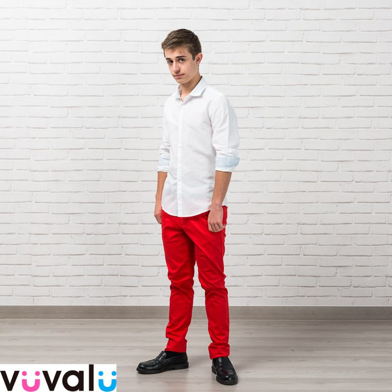 Outfit Elegante Formado Por Camisa Junior Mayoral Y Pantalon De Pique Tono Rojo La Camisa Por Fuera Nos Da Un Toque D Moda Para Ninas Ropa Para Ninas Ropa