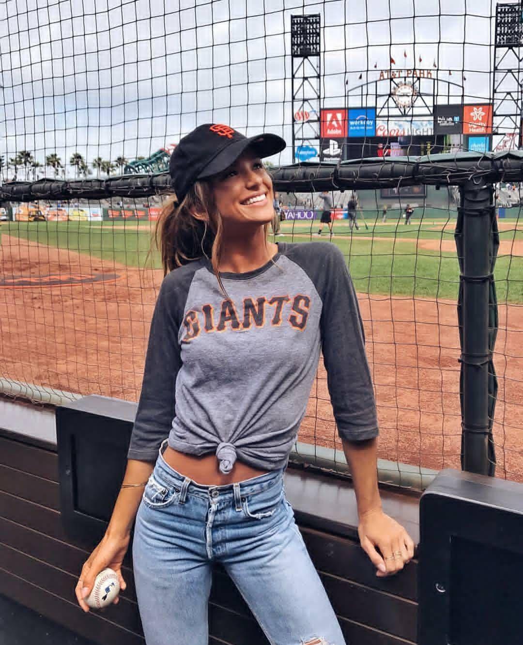 Sports Gaming clothes, Baseball game outfits, Fashion