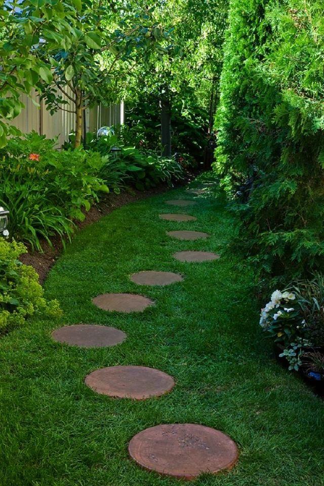 Round Stone Path Through Gas   Idea/inspiration
