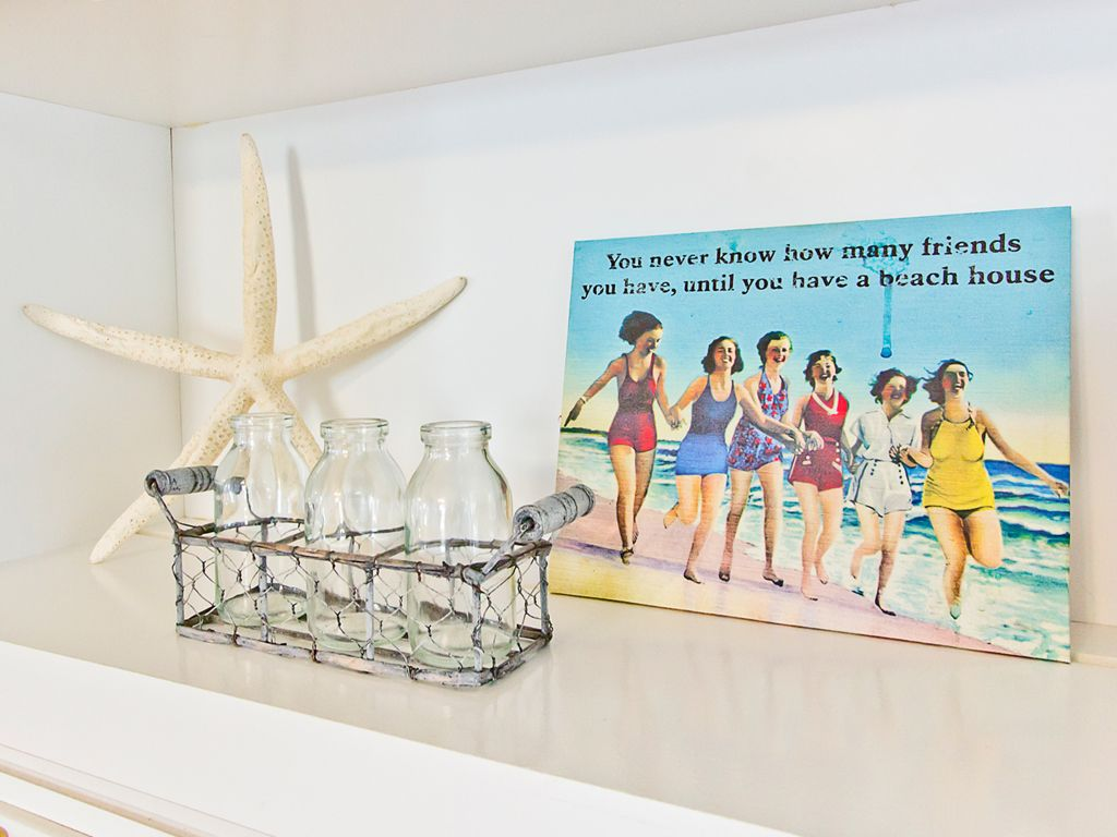 """DRIFT INN: """" You will never know many friends you have, until you have a beach house"""" How true, who doesn't love the beach? #tybeetime #beachlove"""