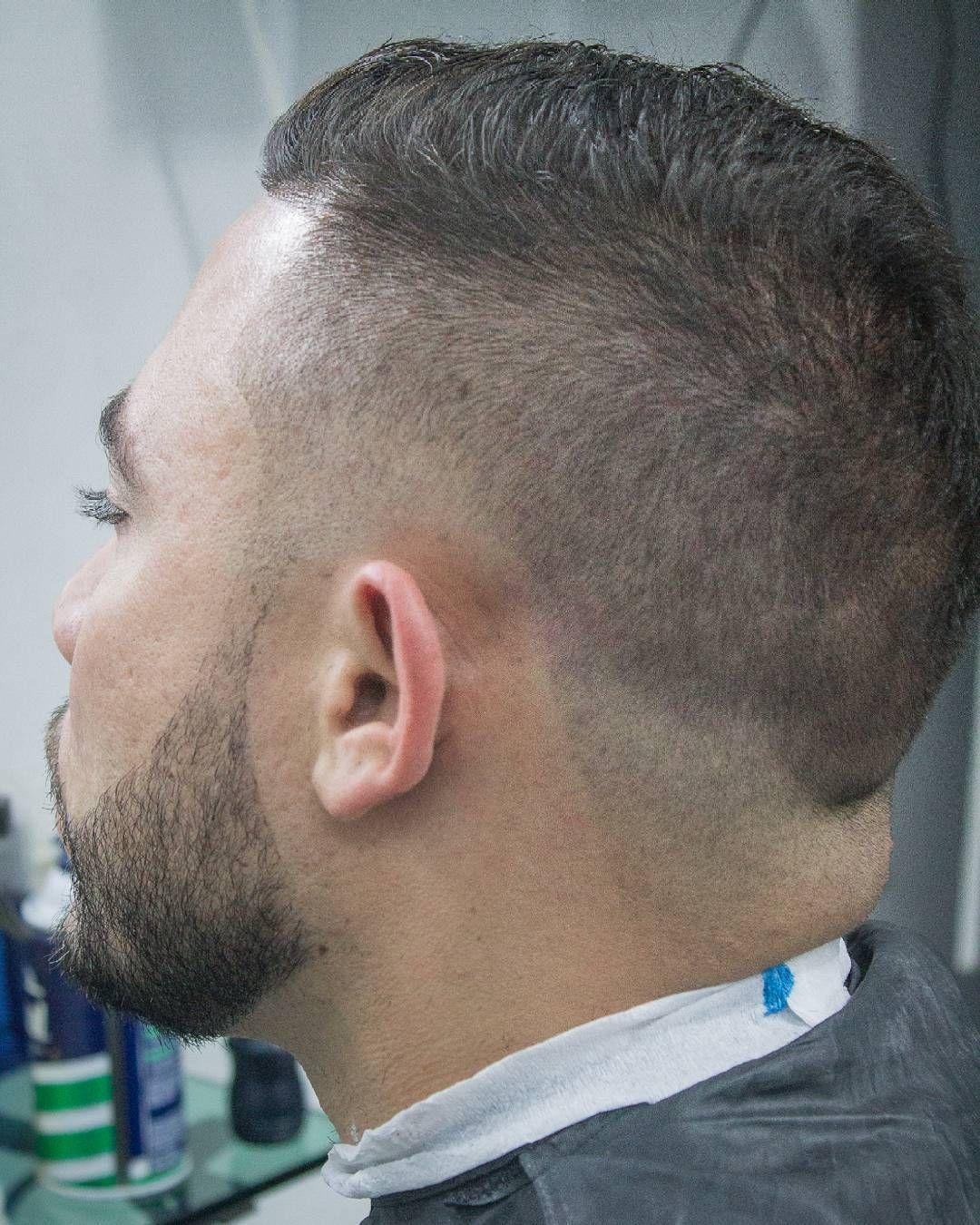 #barbertime #barberia #barbershop #barberlife #sharpfade #barbershopconnect #barberlive #barberlove by reds_barber