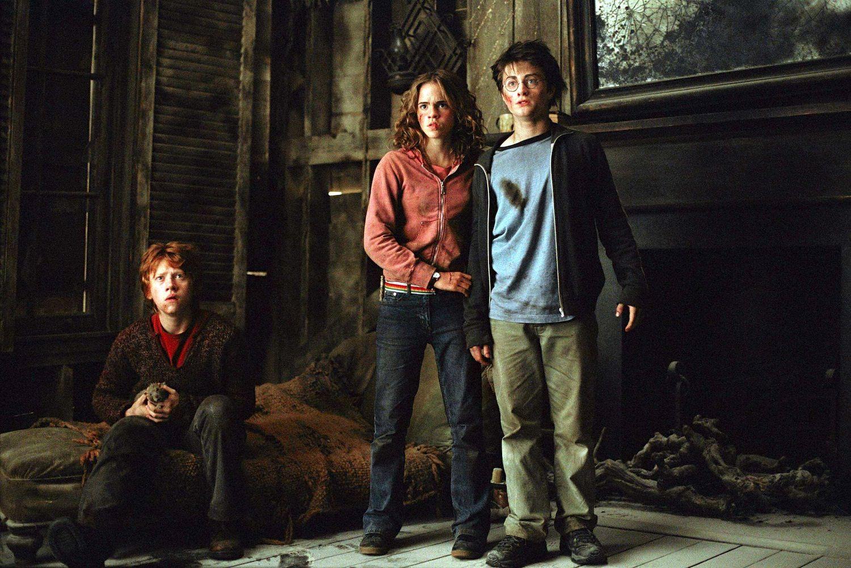 Harry Potter Et Le Prisonnier D Azkaban Film Harry Potter Et Le Prisonnier D Azkaban Alfonso Cuaron Avec Images Prisonnier D Azkaban Harry Et Hermione Prisonnier