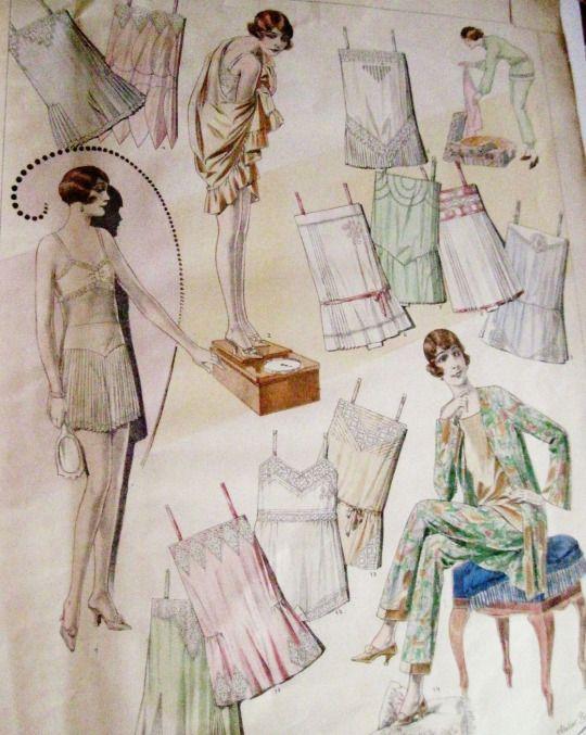 Days Gone By - 1929 Lingerie Elegante