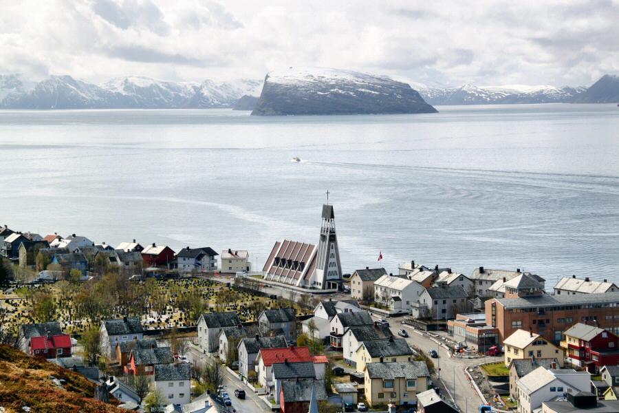http://guias-viajar.com/ Hammerfest en el norte de Noruega