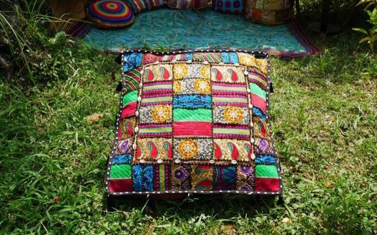 Best Photo For Hippie House Decor Bohemian For Your Flavor You Are Searching For Something And It Is He Handmade Bedspreads Hippie Home Decor Floor Cushions