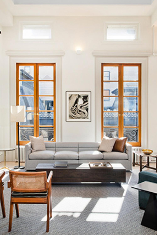 Bright Living Room Contemporary Space With An Extra Natural Light Contemporary Interior Design Modern Interior Design Modern Home Interior Design