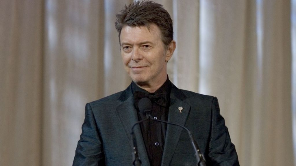David Bowie to release 'completely bonkers' new album called 'Blackstar' on