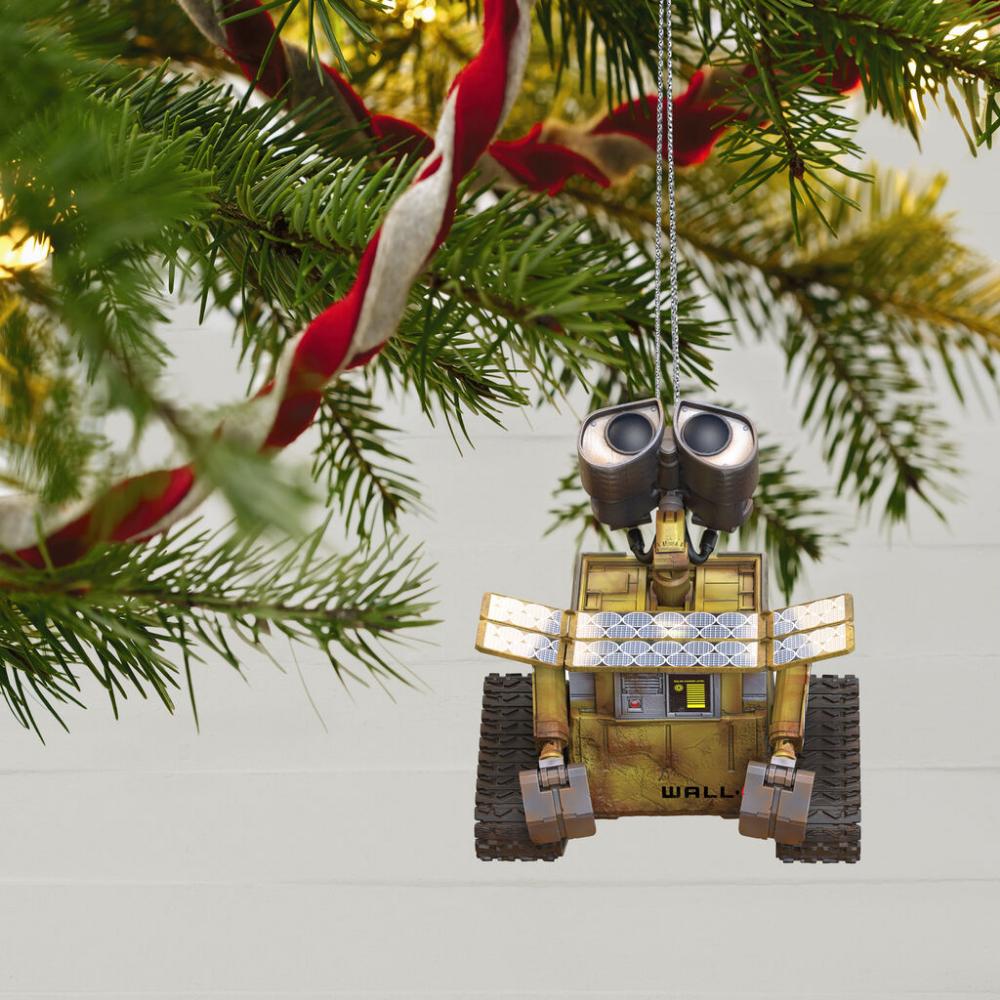 Disney Pixar Wall E Soaks Up The Sun Ornament In 2020 Christmas Ornaments Cute Christmas Tree Christmas Tree Ornaments