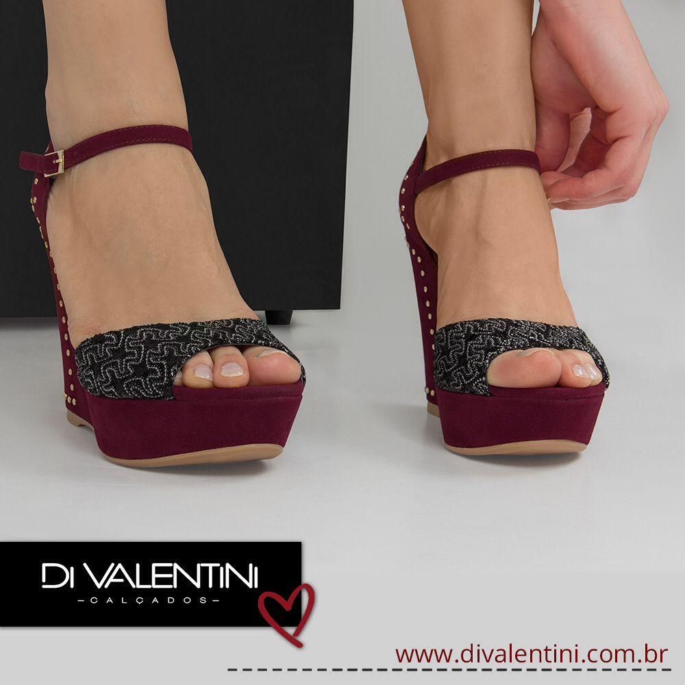 Prepare-se para ficar linda com essa #anabela poderosa da #divalentini. ❤️  #danovacoleção #top #dvwinter #shoes #love #tendência