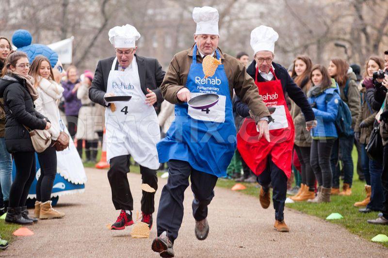 Znalezione obrazy dla zapytania pancake races