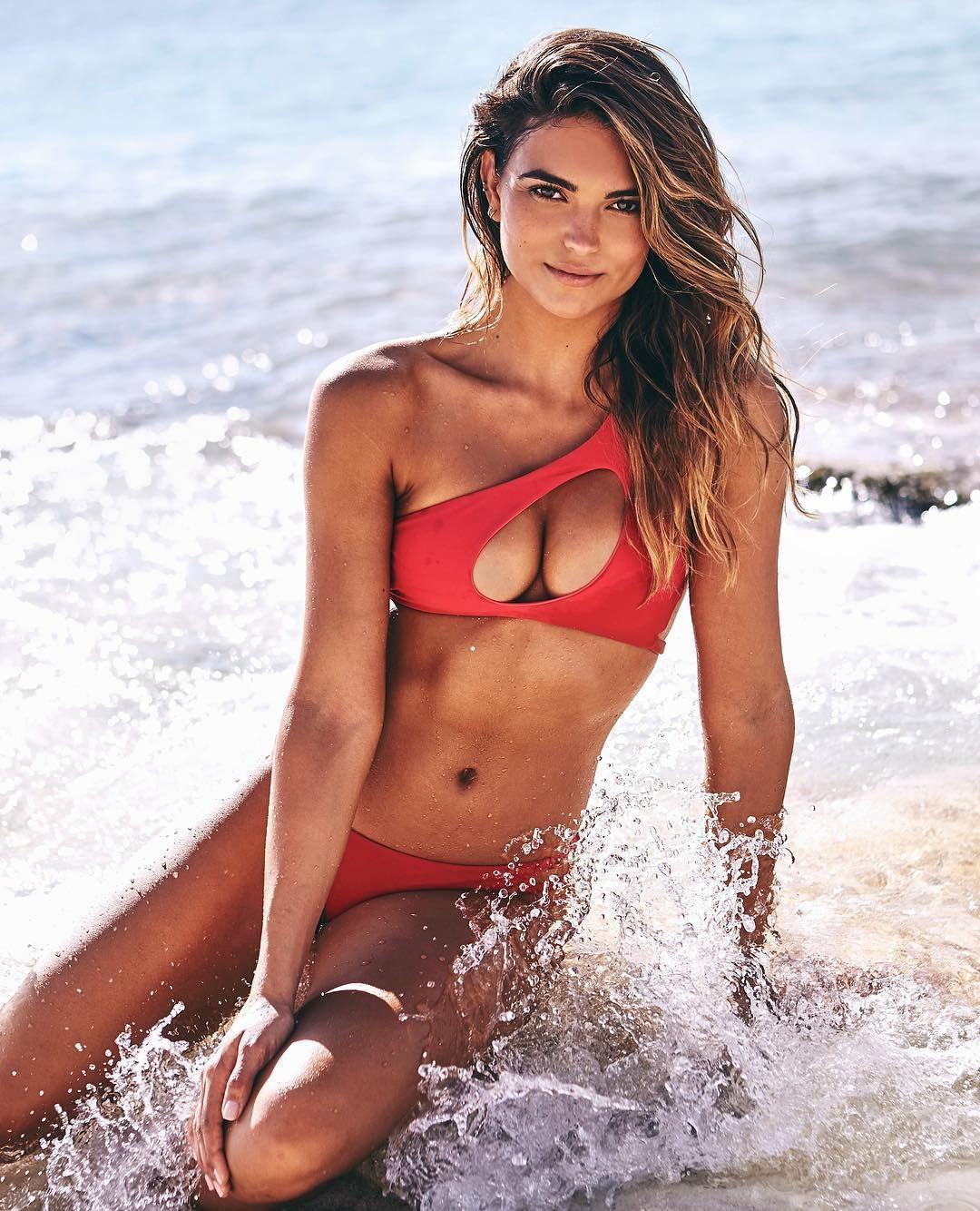 Bikini pleasure kyra