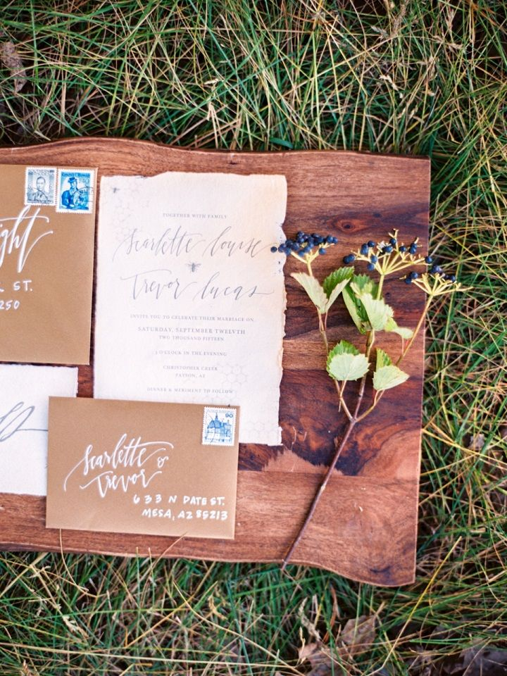 Wedding invitation for fall wedding inspiration | fabmood.com #wedding #weddinginvitation #weddinginvites #fallwedding
