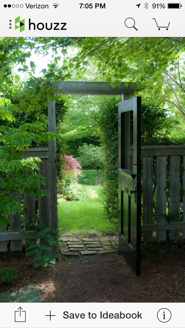 Great use of an entrance door as a gate. Clever!