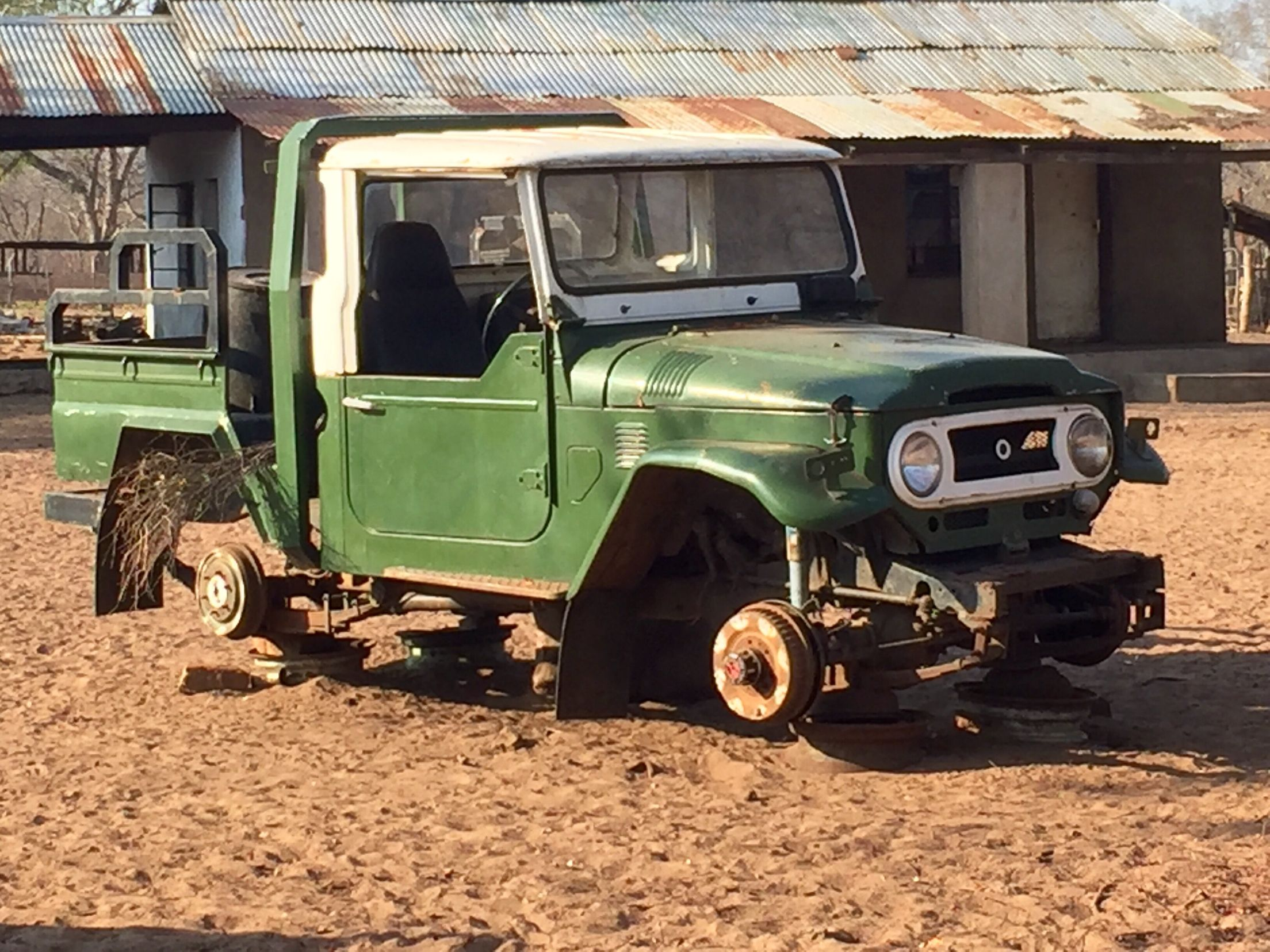 Old Cruiser Found In Zimbabwe Land Cruiser Toyota Land Cruiser