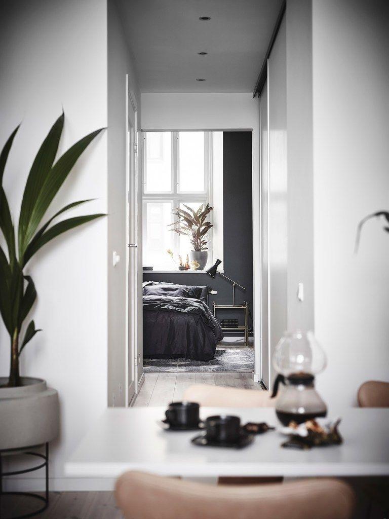 Best Exposed Brick And Black Bedroom Walls Open Plan 400 x 300