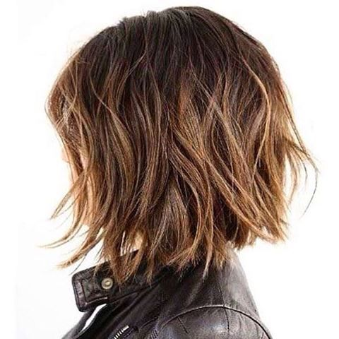 Carré flou wavy Cheveux, Coiffure et Cheveux coiffure