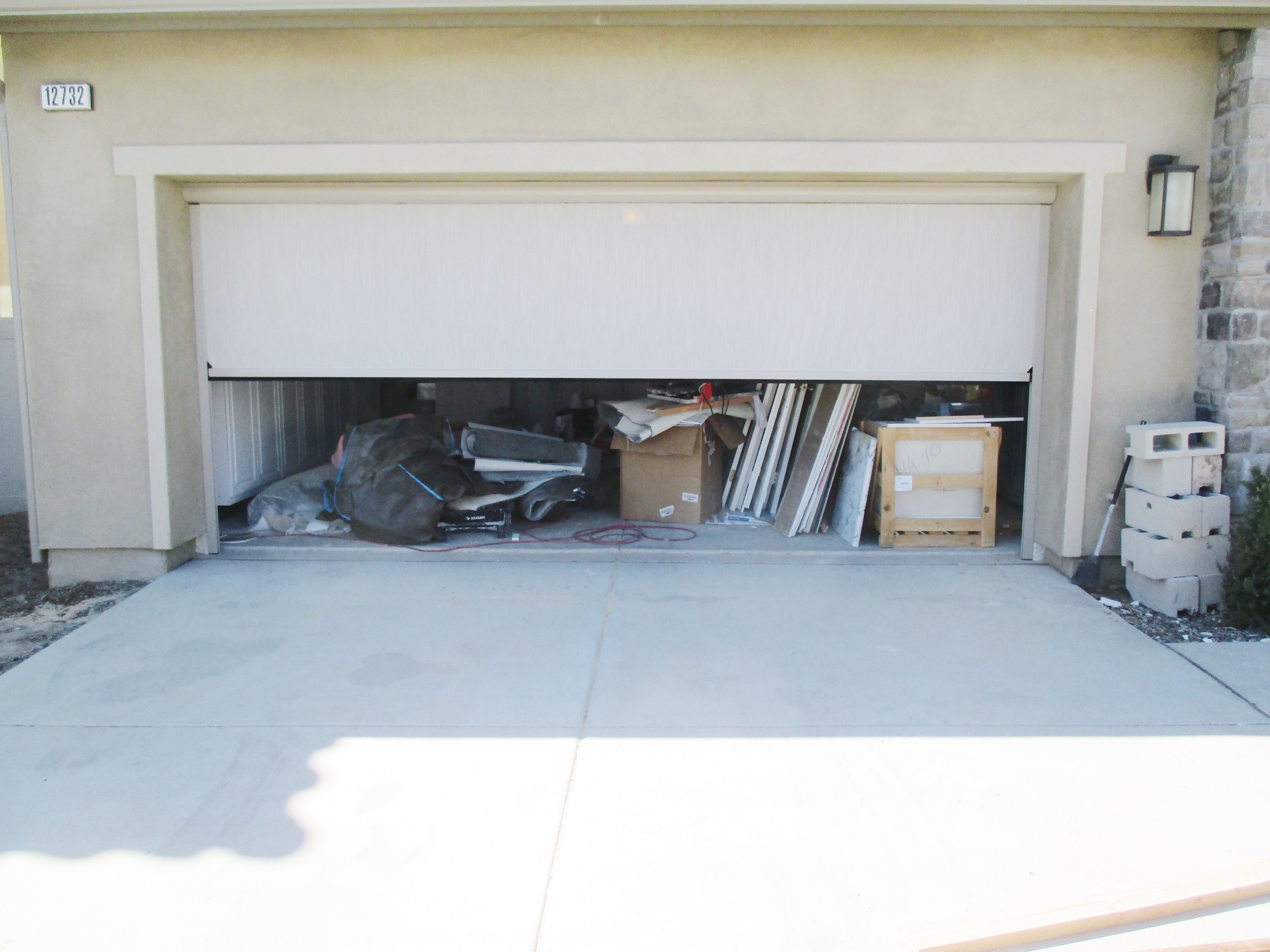 In This Southern California Heat Ventilating Your Garage Is Absolutely Necessary With A Motorized Power Sc Garage Screen Door Solar Screens Shutters Exterior