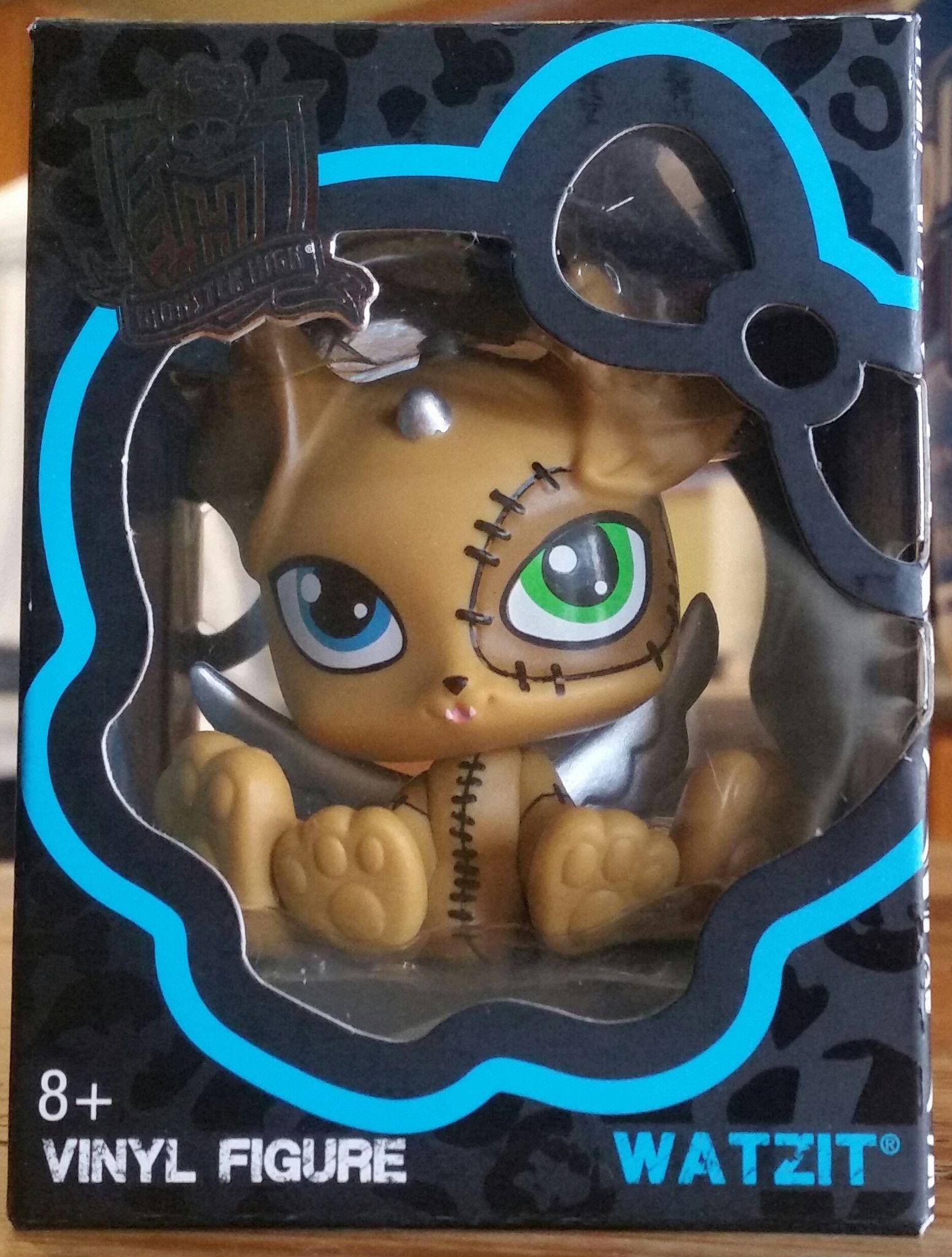 You Ve Collected The Monsters Now Collect Their Freakishly Fabulous Pets In Vinyl Form Choose From Count Fa Monster High Dolls Monster High Monster High Party