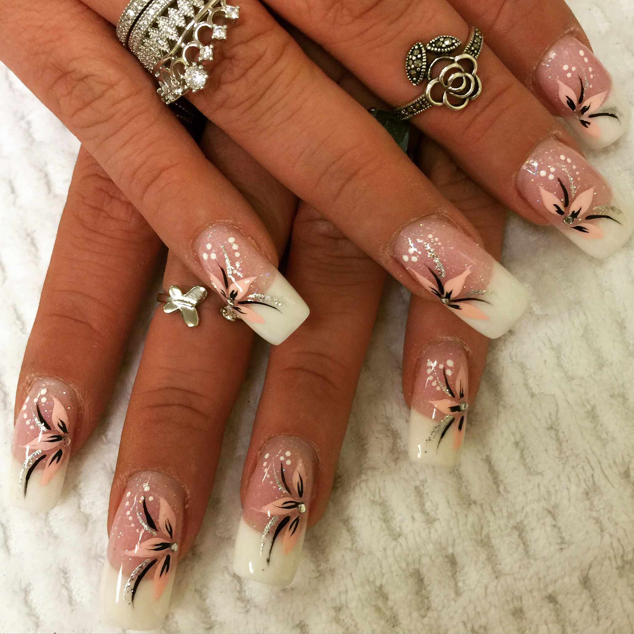 Pink And White Nail Designs Nail Art Flowers Pink Black Follow My Girl On Instagram At Thanhsnails White Nail Designs Pink Nail Designs Flower Nail Art