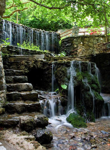 Would love this waterfall in my backyard! paysage Pinterest