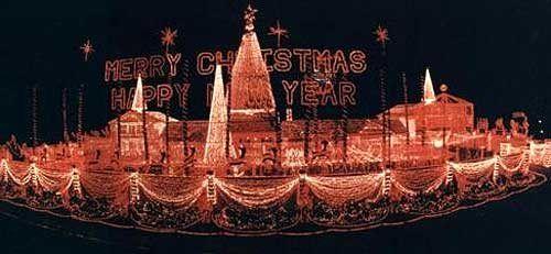 Osborne Family Christmas lights, 1993. Little Rock Sure beats the ...