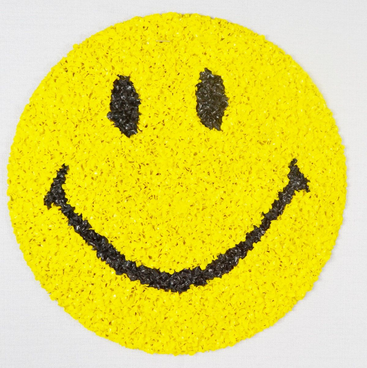 Vintage Smiley Face Yellow Black Plastic Popcorn Wall Decoration ...