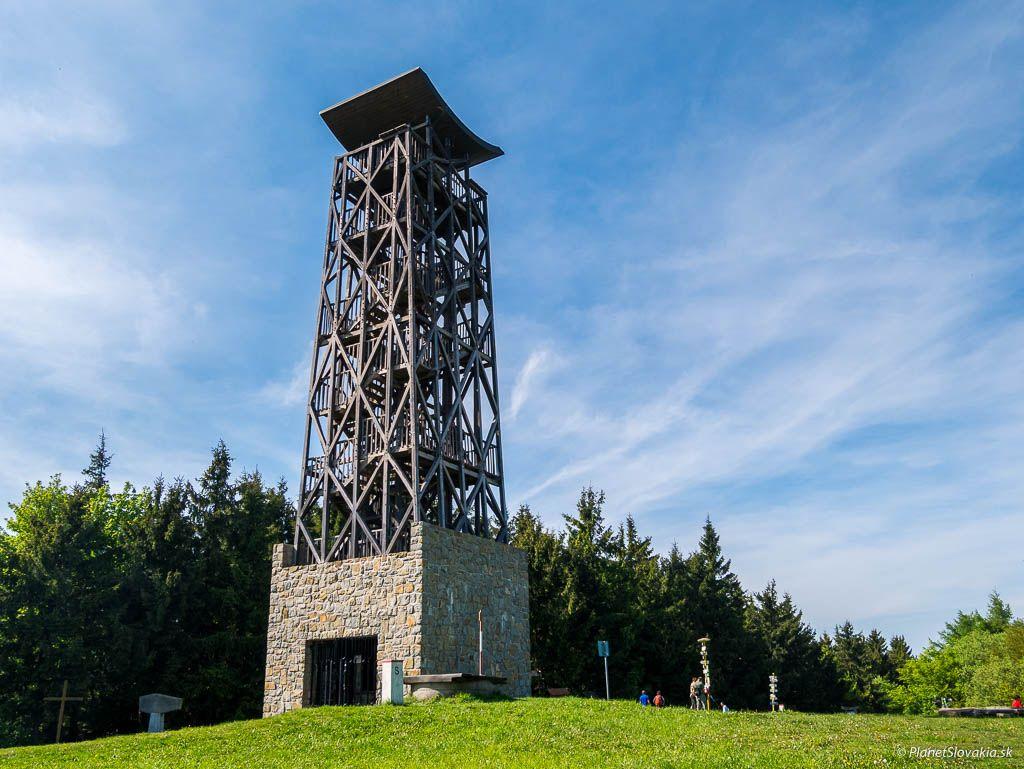 Rozhľadňa na vrchu Veľký Lopeník – symbol priateľstva Čechov a Slovákov