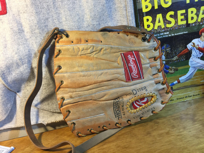 Purse Bag Double Rawlings Https Etsy Me 2quqvyx Bagsandpurses Leatherwallet Baseballwallet Glovewallet Wal Leather Projects Baseball Wallet Bag Double
