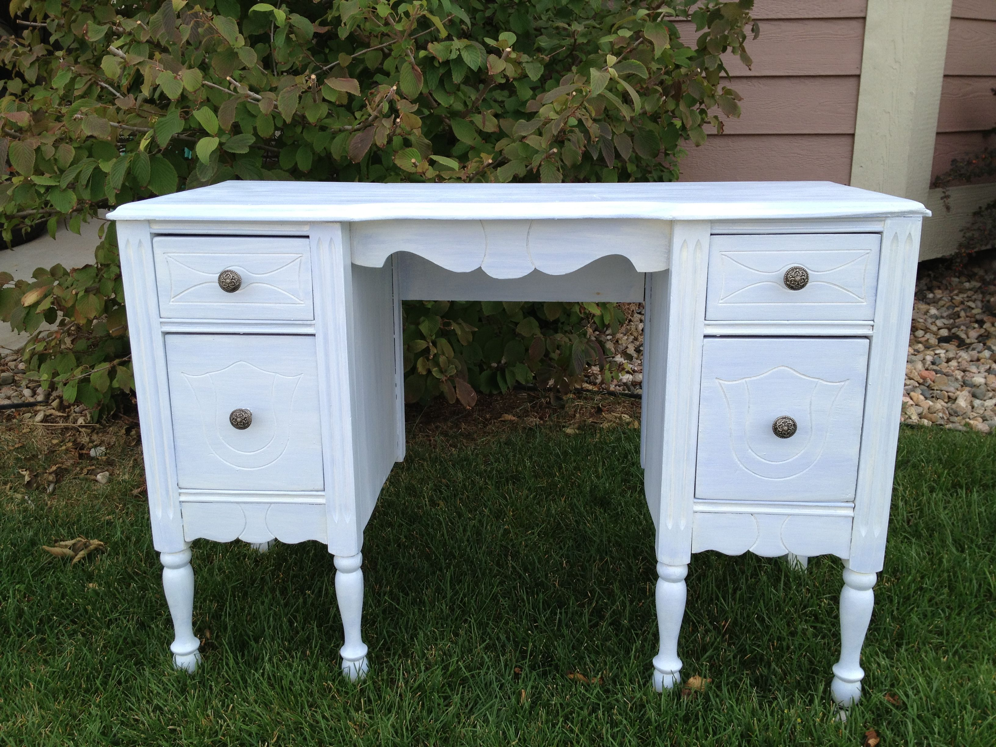 Baby blue antiqued vanity/desk....tatteredcreek@comcast.net