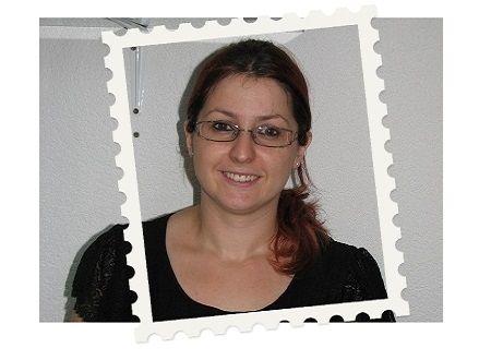 """20 januari 2014 - Emina:  """"Het plezier bij de kinderen als hen iets gelukt is, zo mooi"""" (www.kinderpostzegels.nl/elkedag)"""