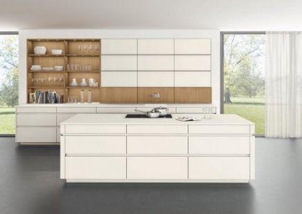 Ex Display Leicht Kitchen With Island/Peninsular With Silestone Worktops
