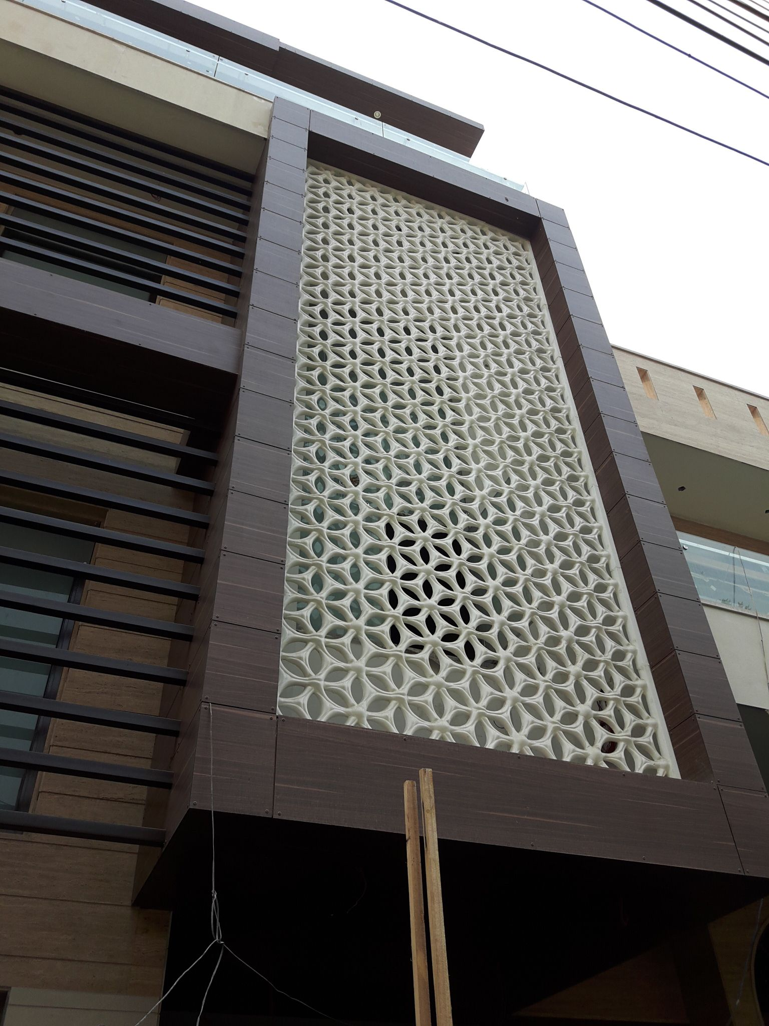 Front Elevation Cladding Design : Grc in facade modera frp stones