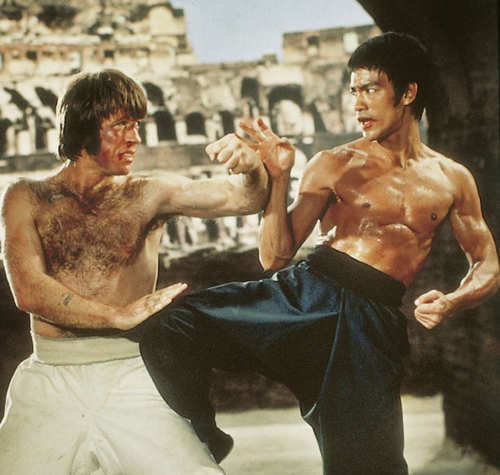 Bruce Lee vs Chuck Norris: Who would win?
