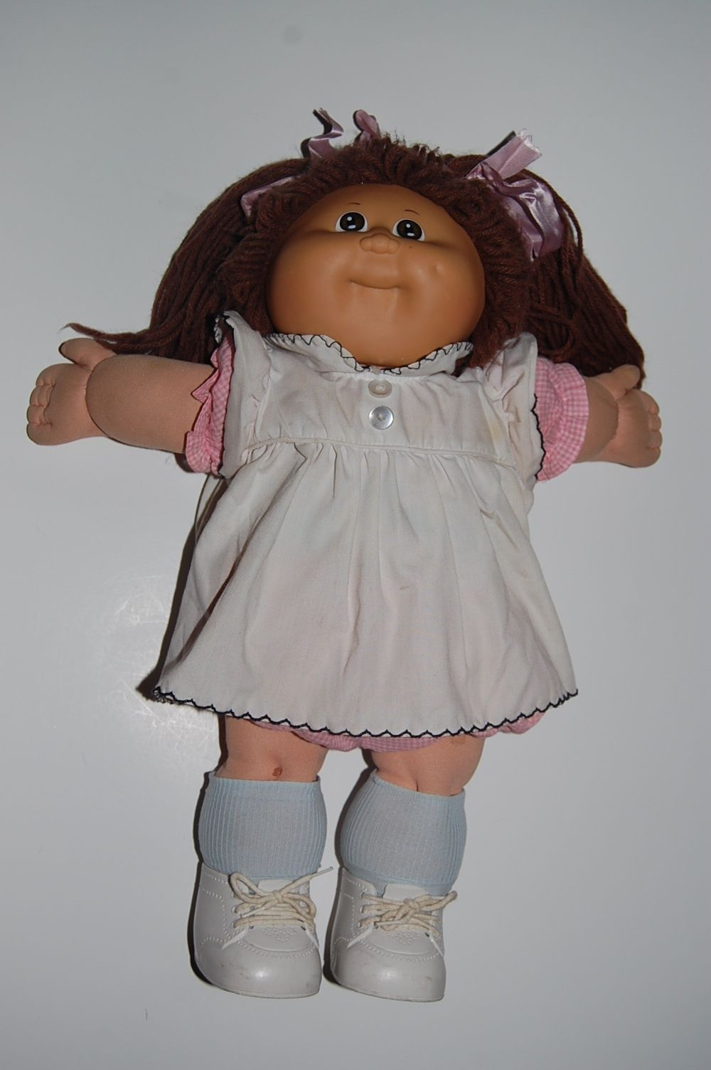 NEW SOCKS TO FIT THE MY CHILD AND CABBAGE PATCH DOLL ADDITIONAL PAIRS SHIP FREE