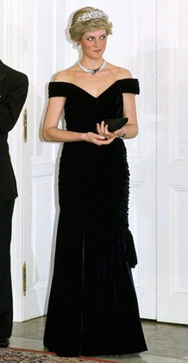 PRINCESS DIANA'S STYLE MOMENTS 10