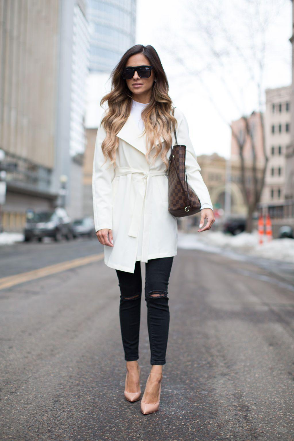13aa6579e51 White trench coat