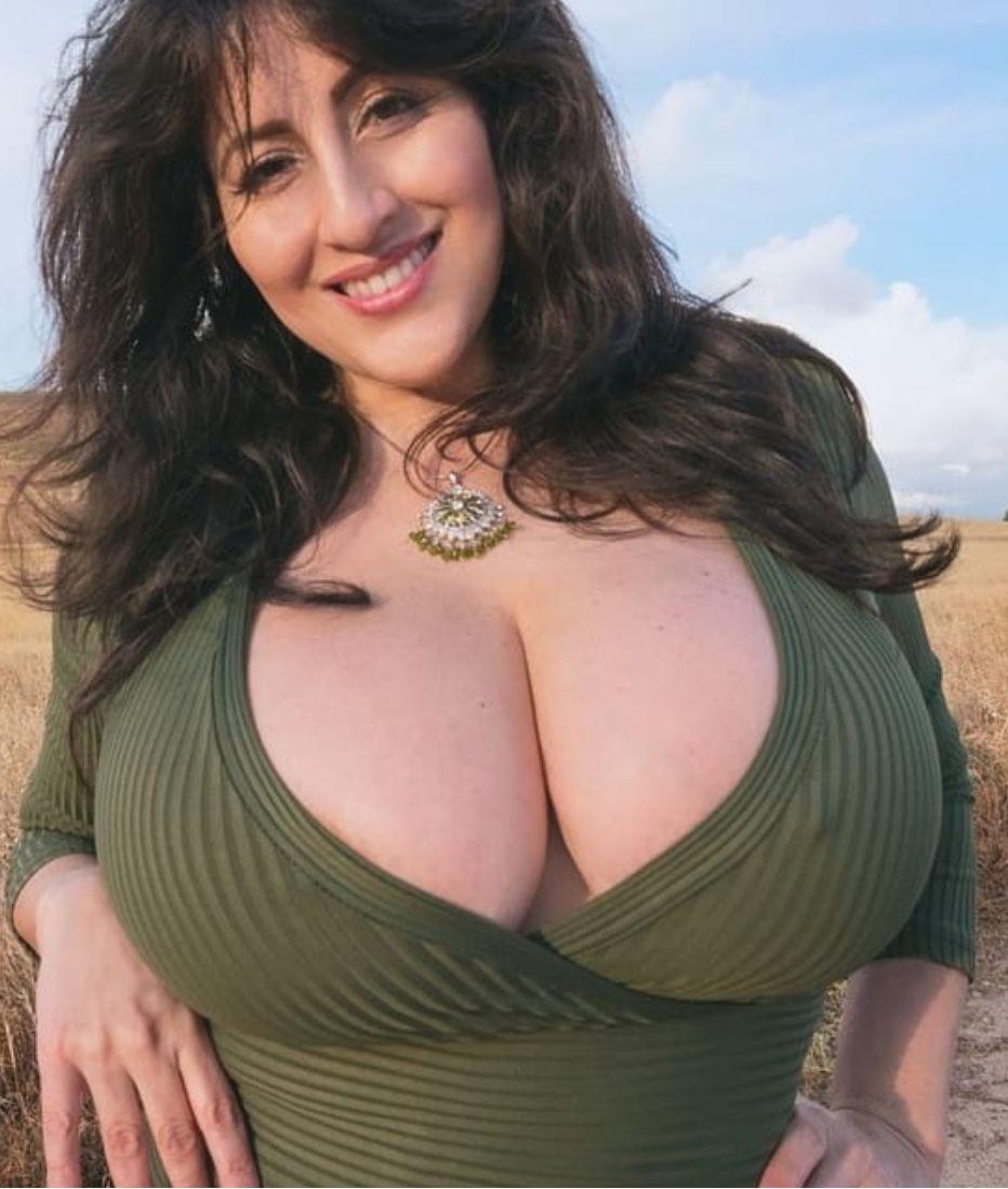 Kahllo antonella Posts with