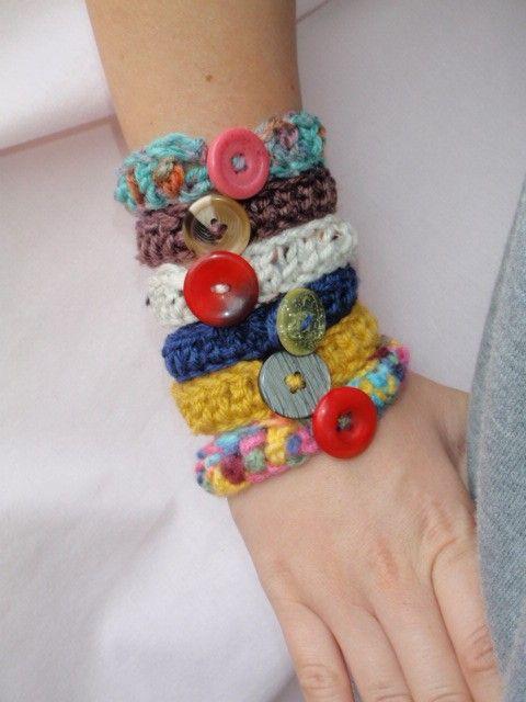 button crochet bangles