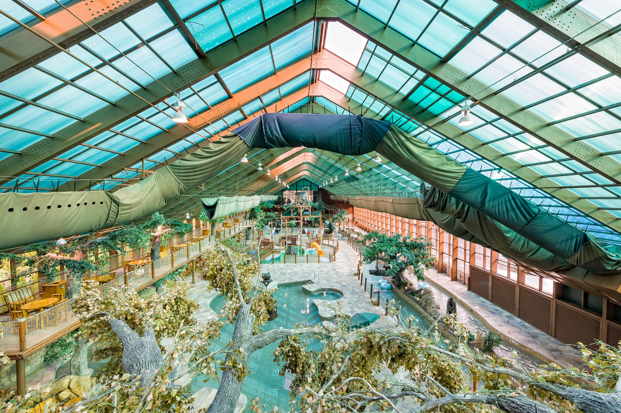 indoor water park at westgate smoky mountain resort and spa. | wild