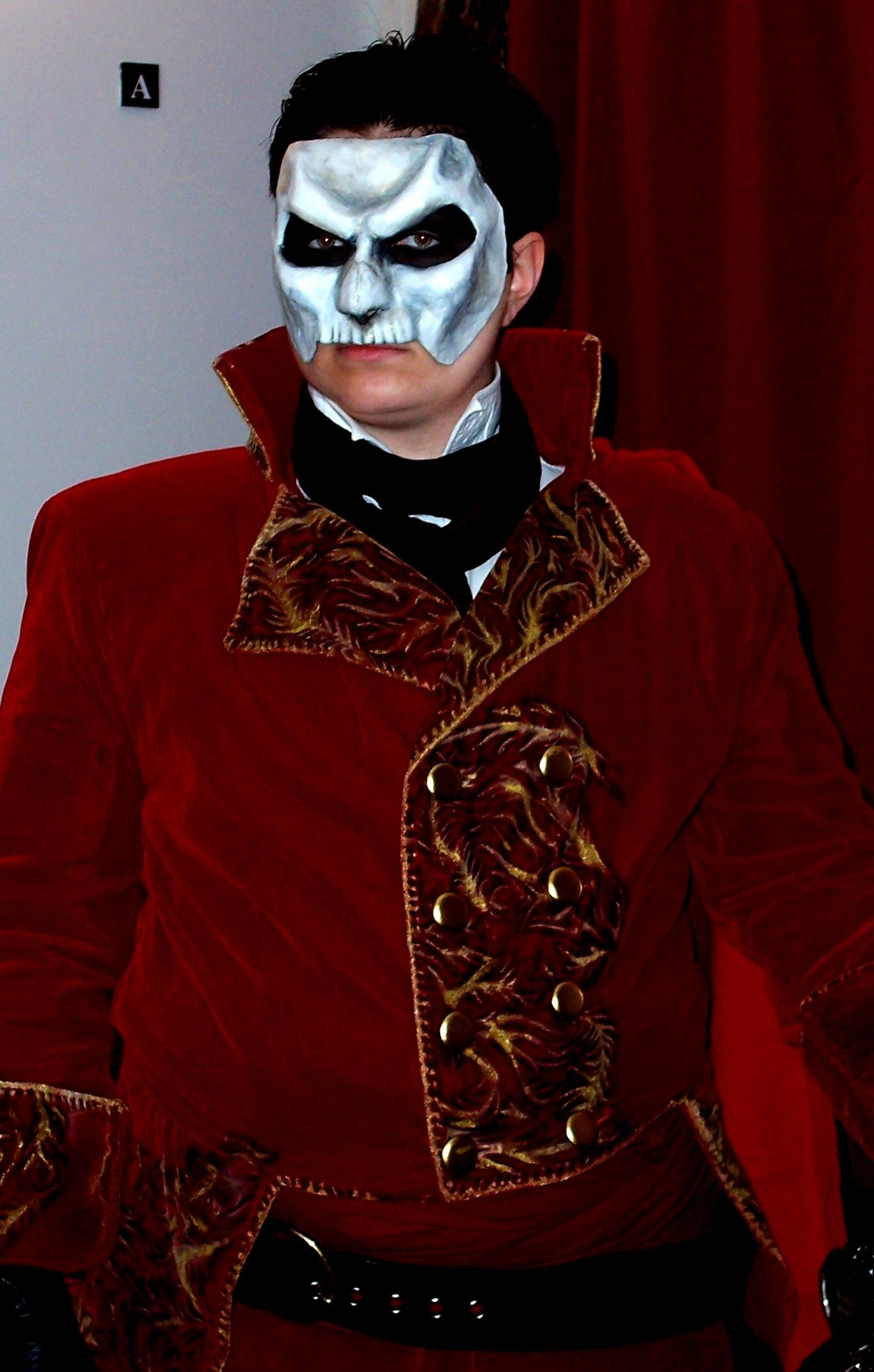 another wow costume the masque of the red death poto masque of the red death costume masqueradereddeath com