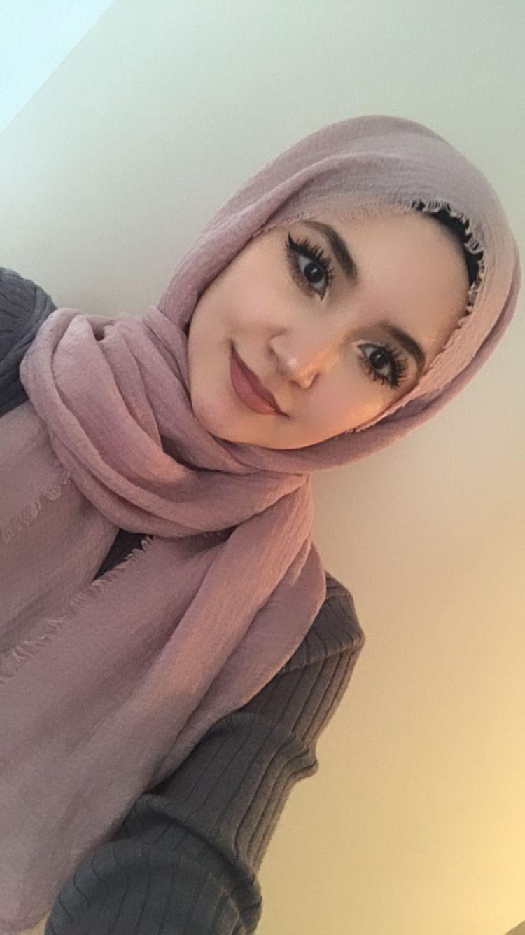 Blush Pink Crinkle Hijab Modest Behaviour Hijab Fashion Inspiration Hijab Makeup Street Hijab Fashion