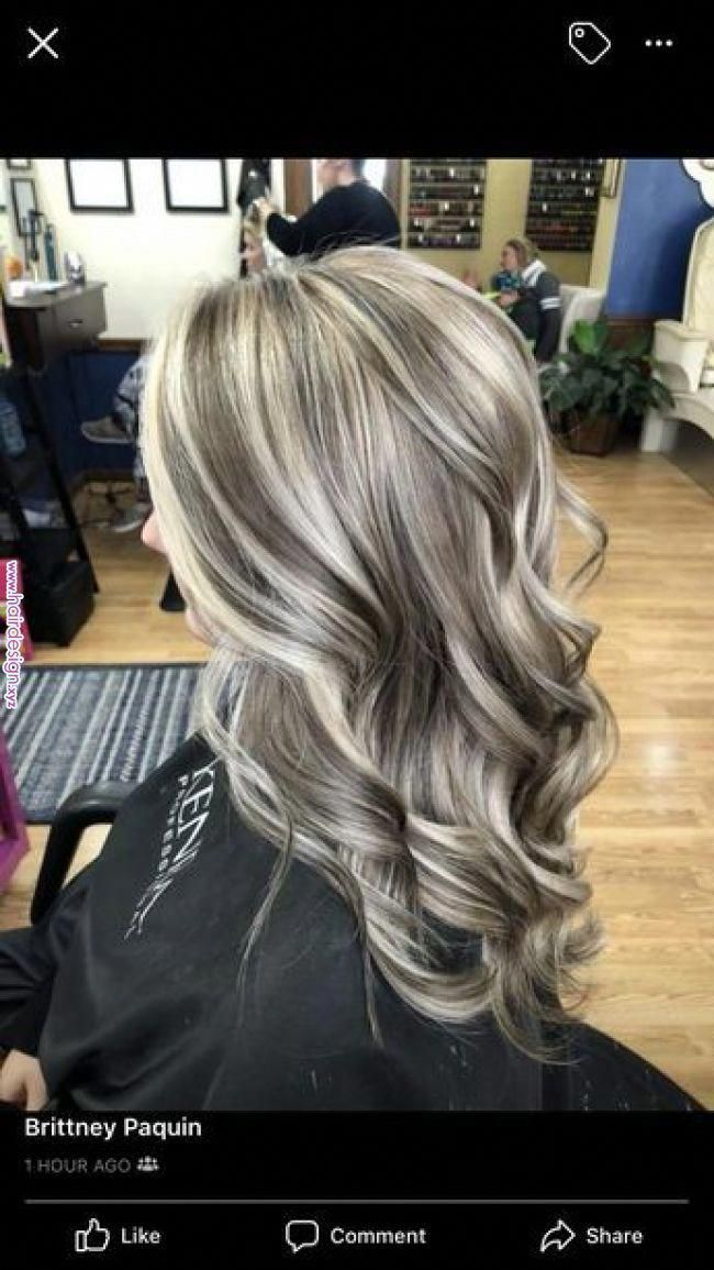 By Putting Just The Front Portion Of Your Hair In A Pony You Will Create A Cascade Effect That Makes Your Hair App Blonde Hair Color Hair Styles Balayage Hair