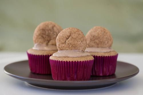 Cupcake Recipes : Spectacular Snickerdoodle Cupcakes