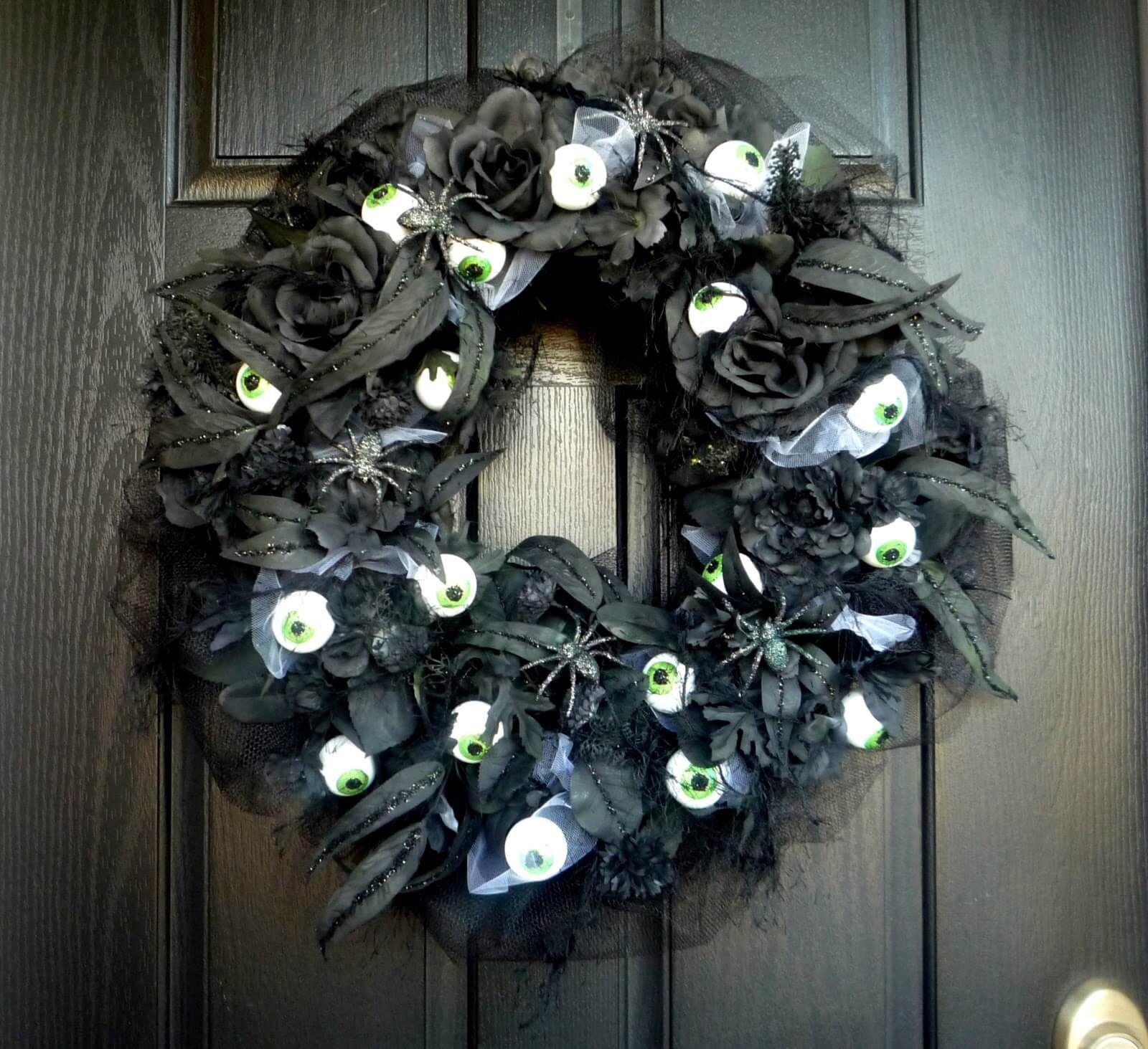 Black Wreath With Dreadful Eyes Door Decoration Halloween Outside