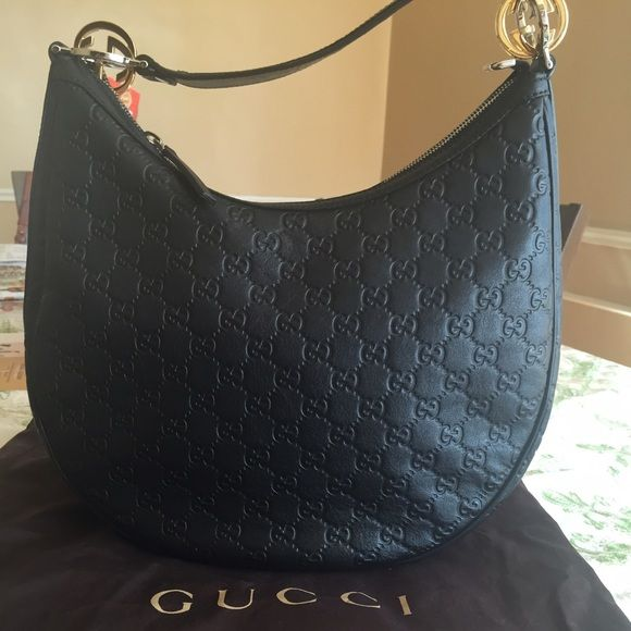 b5b3a2922 Gucci Guccissima Leather Black 'GG Twins' Bag New Gucci Guccissima Leather  GG Twins Medium Hobo Bag With Interlocking G Purse. Used a couple of times  only.